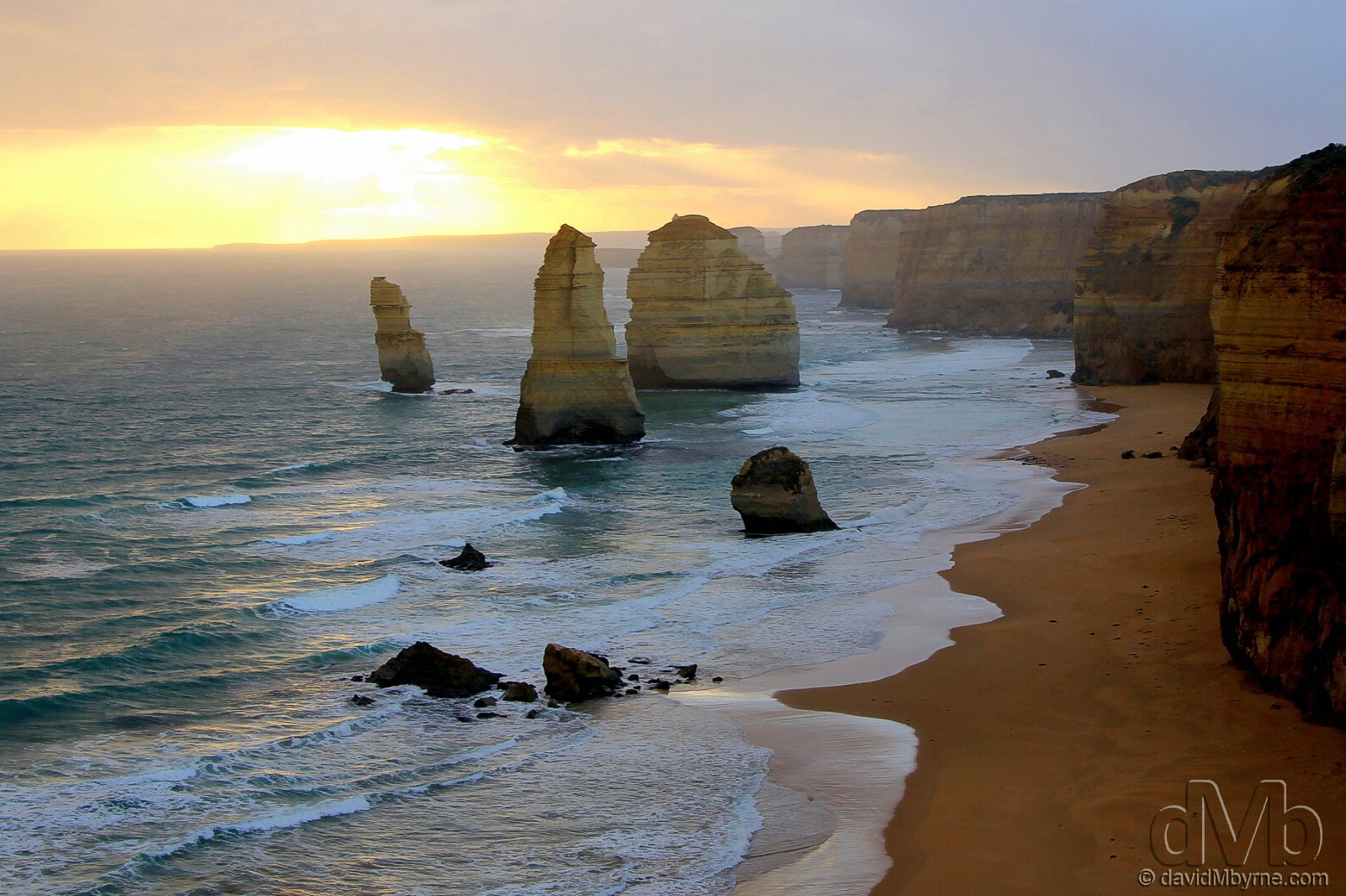 Sunset at The Twelve Apostles of the The Great Ocean Road, Victoria, Australia. April 22nd, 2012 (EOS 60D || Tamron 28-75mm | 28mm, 1/125sec, f/5.0, iso100)
